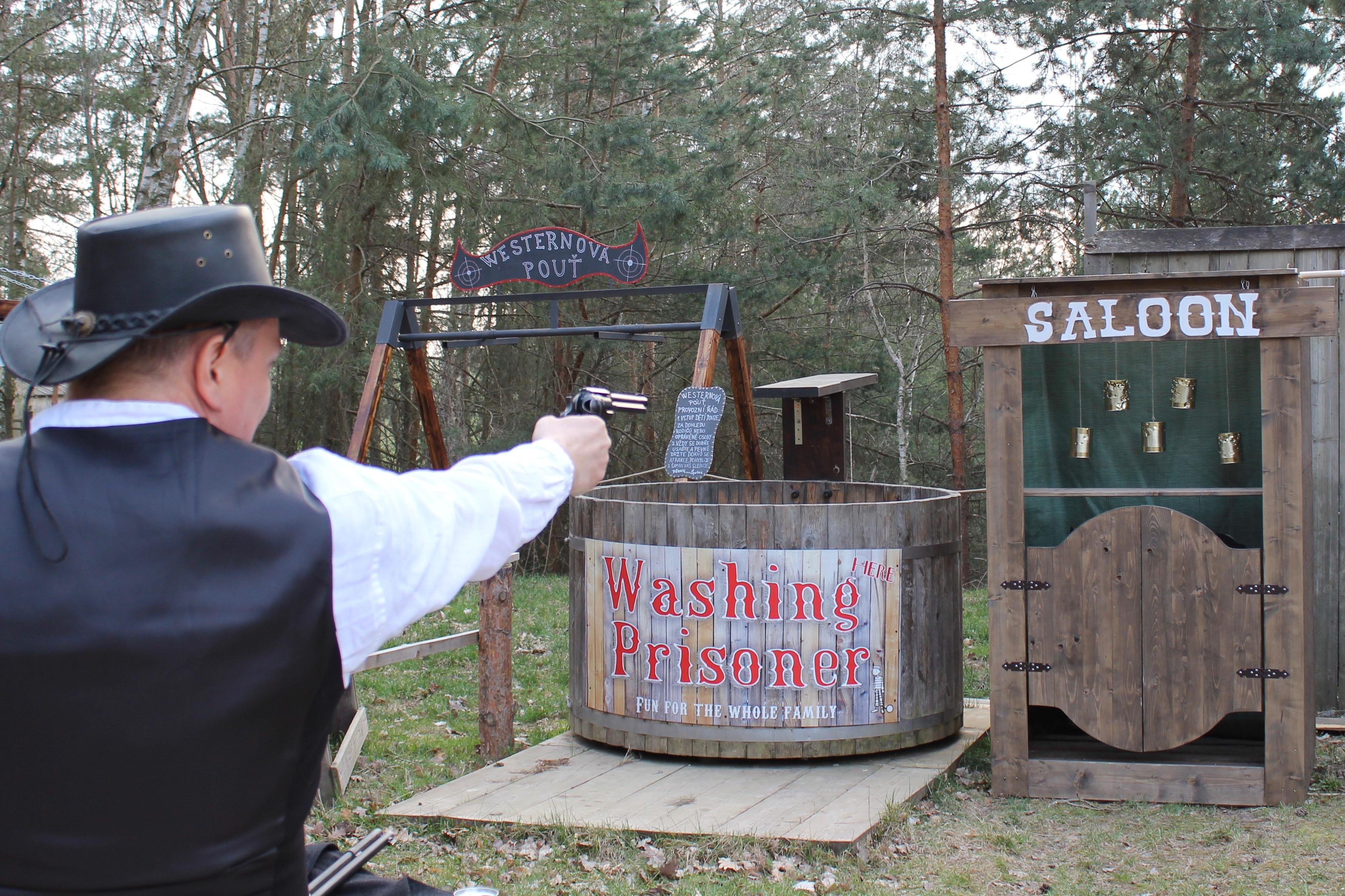 Mobilní westernová střelnice